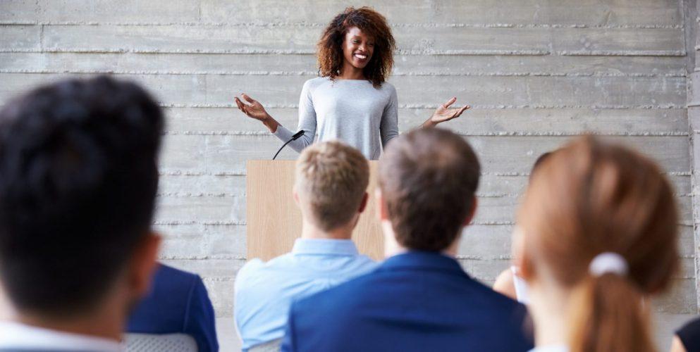 Meer presence als spreker: 4 punten waar je aan kunt werken om meer presence uit te lokken op het podium.